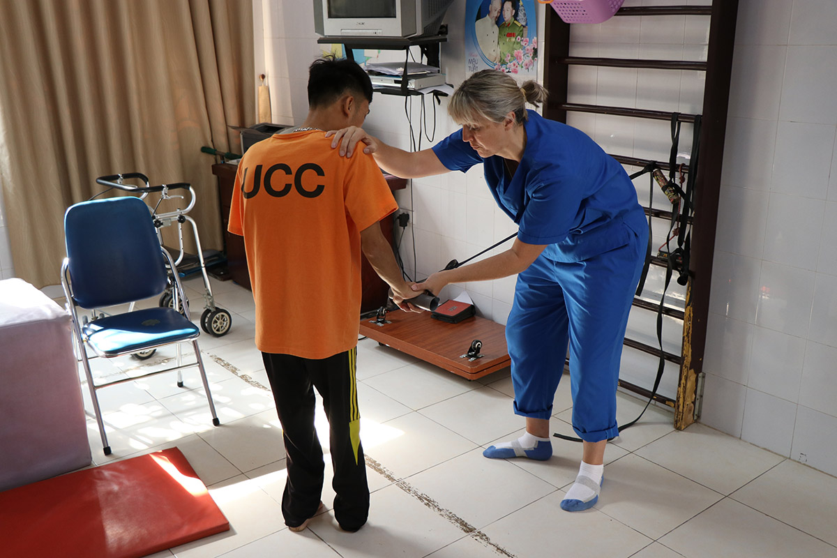 Physiotherapy in Vietnam3
